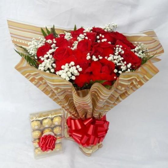 Buquê 24 Rosas e Ferrero Rocher